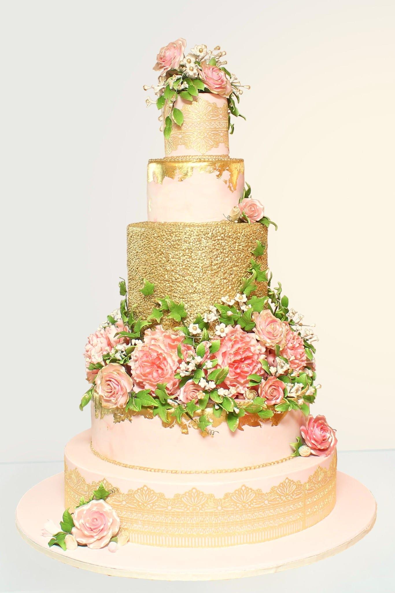 WEDDING CAKES - Carlton\'s Cakes